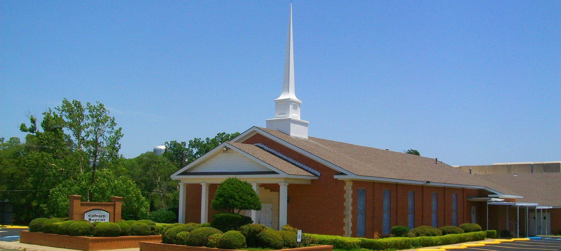 Calvary Baptist Church, Physical: 125 N. Jefferson St., Mailing: P.O. Box 484, Pilot Point, Texas, 76258, USA